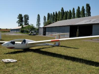 Photo d'un planeur monoplace Astir